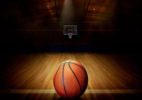 Hrajeme rekreační smíšený basket